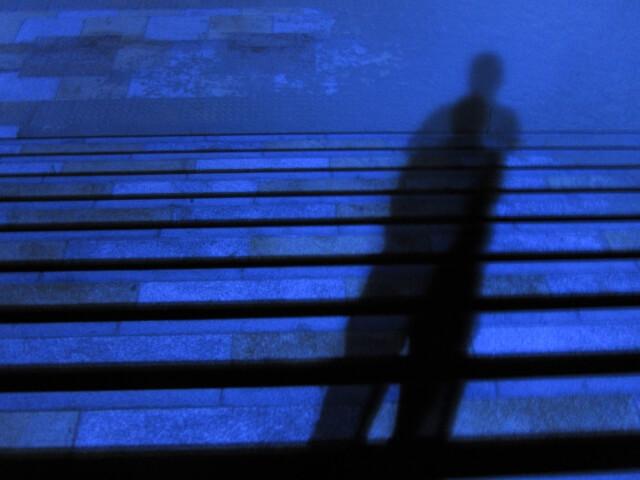 小学生男児が男に後ろから捕まえられる 中広川小学校付近で不審者発生
