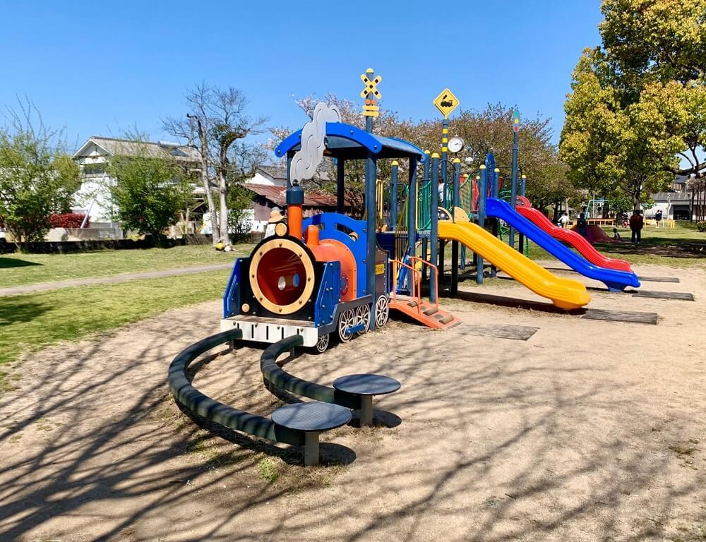 鉄道記念公園【八女市】矢部線「筑後福島駅」の跡地を利用した公園