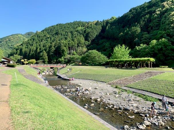 【久留米市】浅瀬の川で水遊びができる一ノ瀬親水公園(いちのせしんすいこうえん)