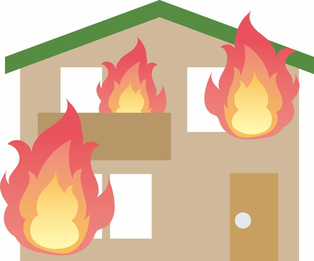 柳川市で住宅1棟を全焼 落雷が出火原因か
