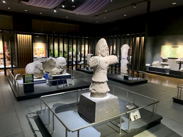 岩戸山歴史文化交流館 いわいの郷【八女市】歴史的価値のある石人など無料で鑑賞できる