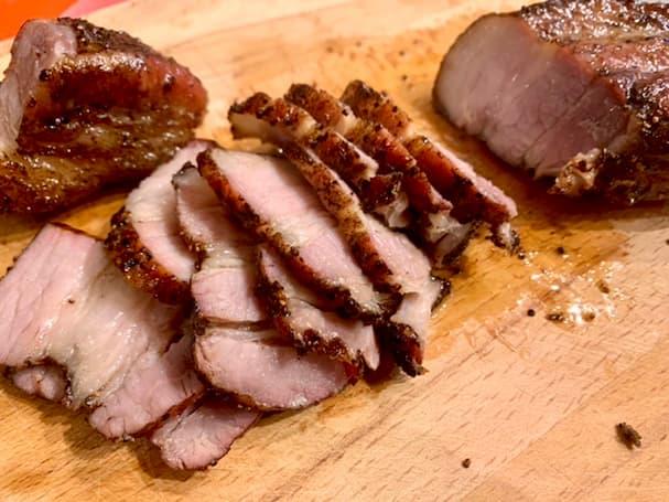 """ぶたにくや「井寺養豚直売所」の""""健康豚肉""""でベーコンを作ってみた!【筑後市】"""