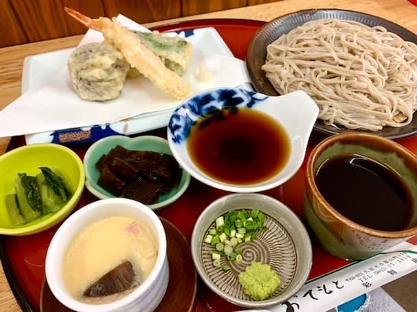 「彩舞庵(さいぶあん)」東京・高尾山直伝のそばをアットホームな雰囲気の中で食す【久留米市】