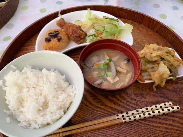 「鄙(ひな)の厨房 ひまわり」地元の新鮮野菜を使ったビュッフェランチを食べてきた【八女市】