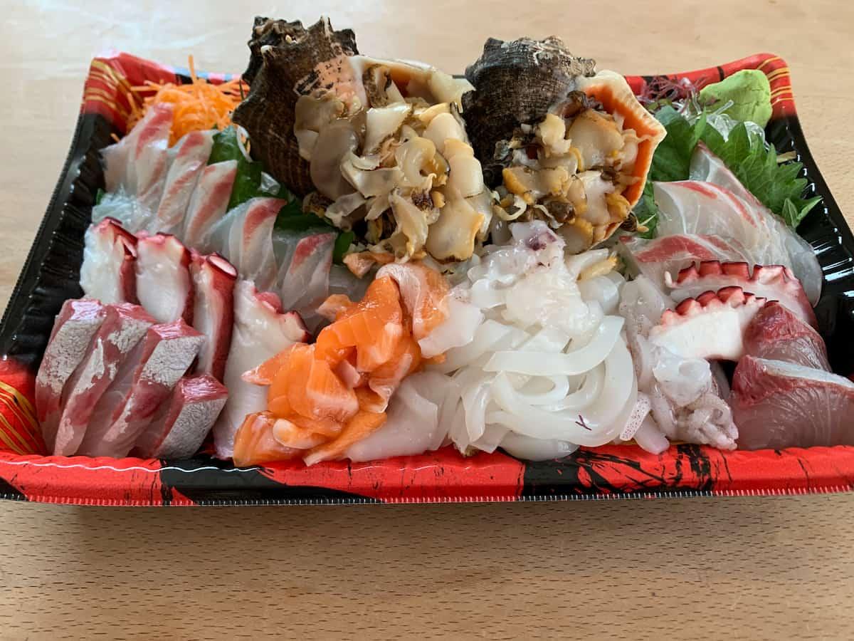 タナカ鮮魚店の刺身盛が地元感スゴイし地物ハマグリが...(柳川市大和町)