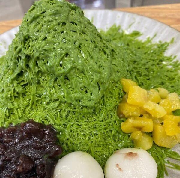 「甘味処いろは」って店が八女に7月30日(金)オープンするみたい。八女茶sweetsなつめの隣